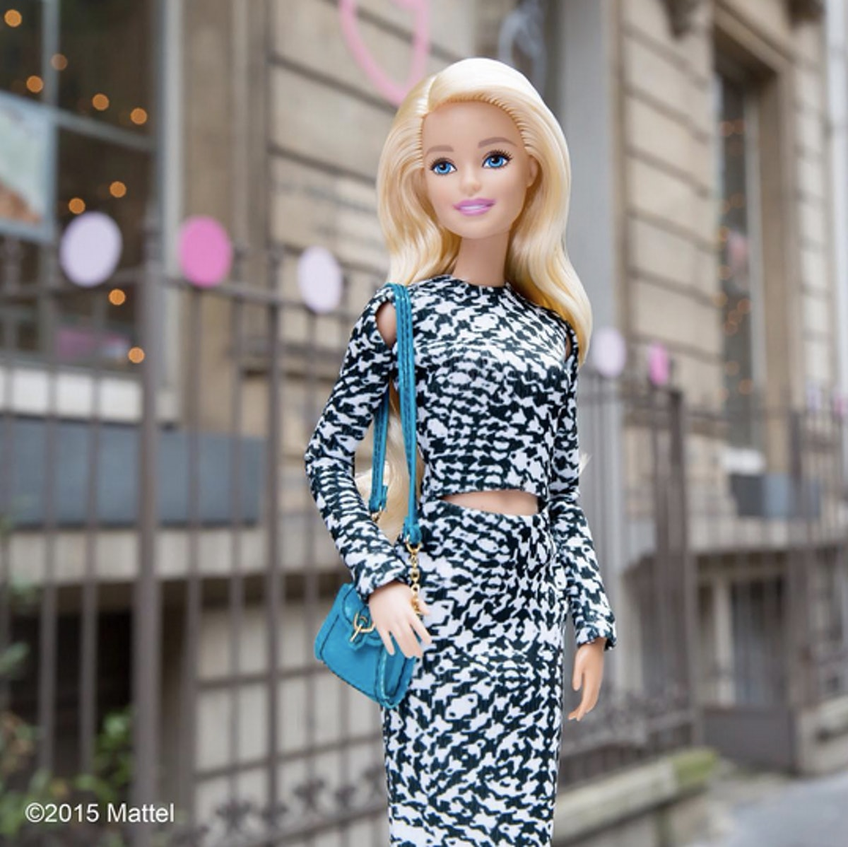 Barbie activities fashion makeover 96