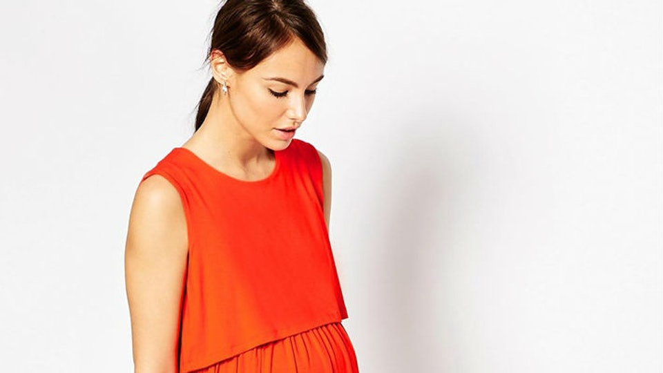 6a16eca056e 7 Nursing Dresses That are Functional and Fashion-Forward