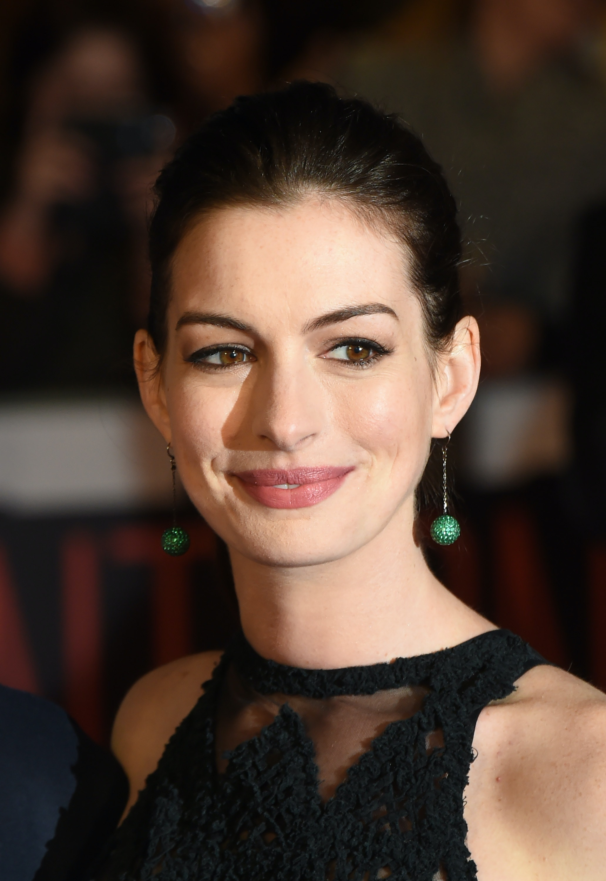 braless Hacked Anne Hathaway naked photo 2017