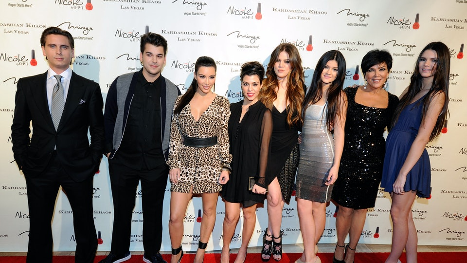 Will There Be Another 2015 Kardashian Christmas Card? Kim, Khloe ...