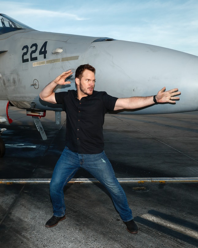 SAN DIEGO, CA - DECEMBER 12:  Actor Chris Pratt jokes around at Marine Corps Air Station Miramar on December 12, 2016 in San Diego, California.  (Photo by Rich Polk/Getty Images for Sony Pictures Entertainment  )