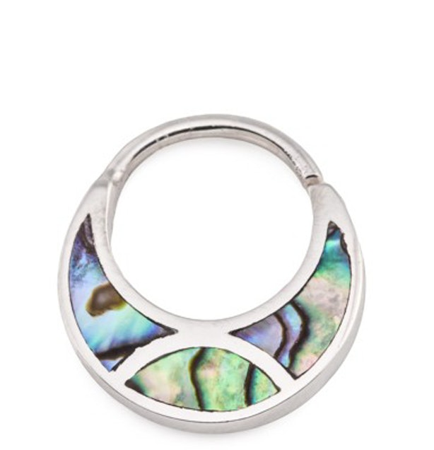 11 Unique Septum Rings To Get For Your Piercing