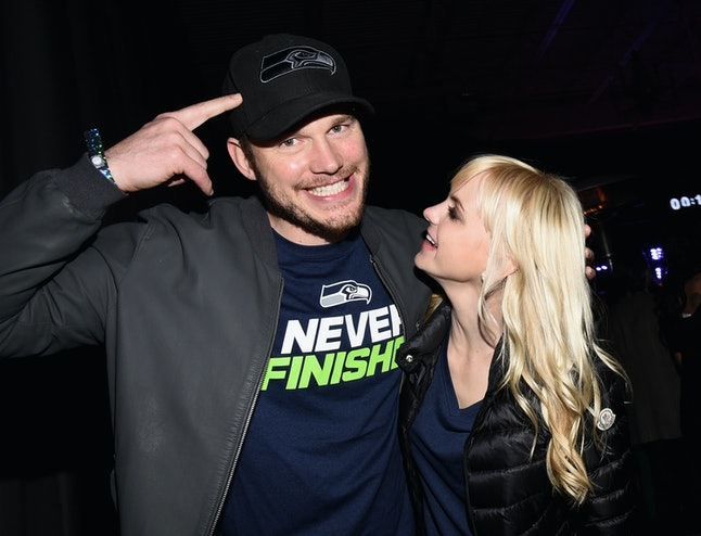 PHOENIX, AZ - JANUARY 31:  Actors Chris Pratt (L) and Anna Faris attend the Maxim Party with Johnnie Walker, Timex, Dodge, Hugo Boss, Dos Equis, Buffalo Jeans, Tabasco and popchips on January 31, 2015 in Phoenix, Arizona.  (Photo by Michael Buckner/Getty Images for Maxim)