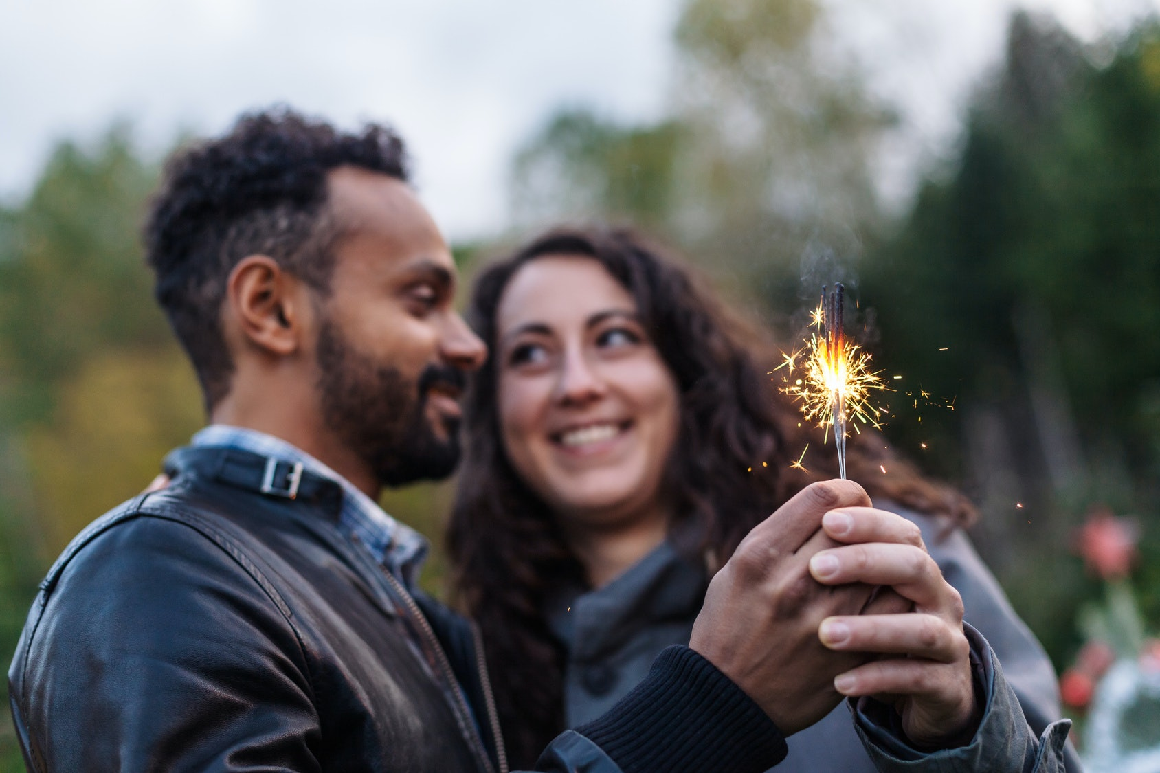 7 last minute new year s eve date night ideas