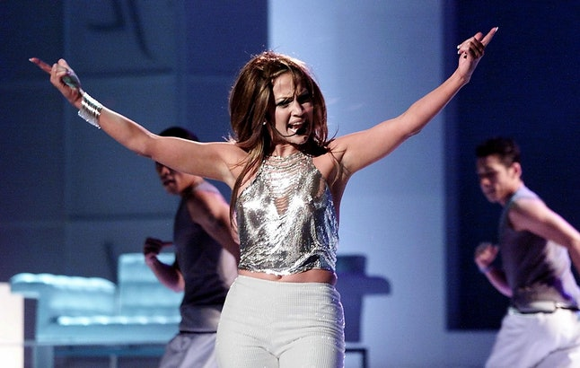 NEW YORK, UNITED STATES:  Singer Jennifer Lopez performs at the 1999 VH1-Vogue Fashion Awards 05 December 1999 in New York. Lopez won the Most Fashionable Artist-Female award.  (ELECTRONIC IMAGE)