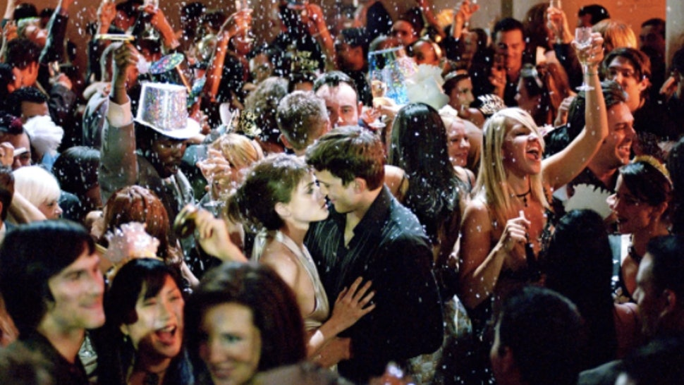 Last Minute New Years Eve Party Ideas That Anyone Can Pull Off