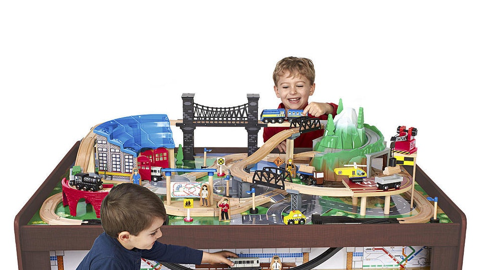 21 Gifts For 5 Year Olds That Will Keep Them Entertained Long After ...