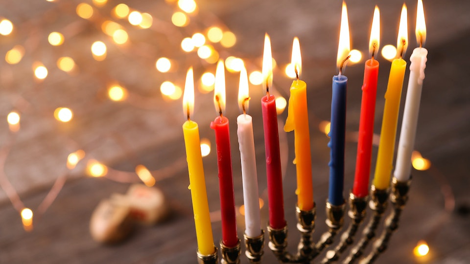 8 Things That Happen When You\'re Jewish & Spending Christmas With ...