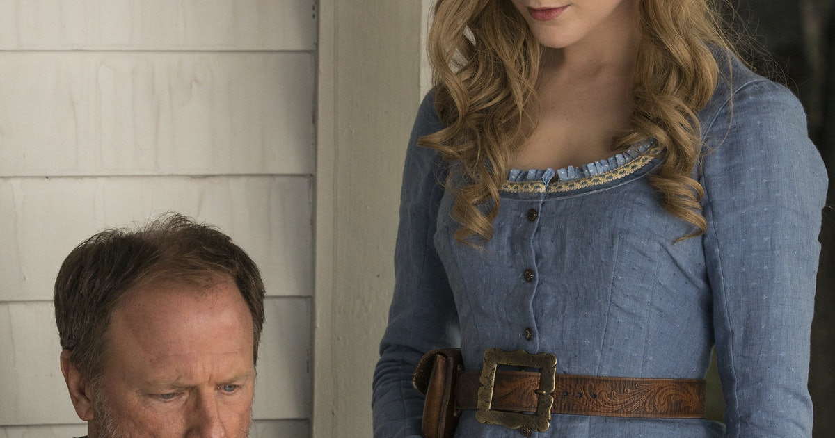 Why Did Peter Abernathy Malfunction On 'Westworld'? He Saw Something He Wasn't Supposed To