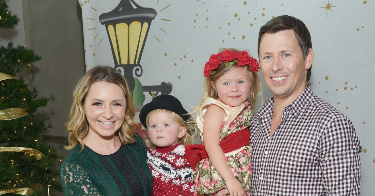 7th Heaven S Beverley Mitchell Is Against Having Nannies That S Her Personal Choice