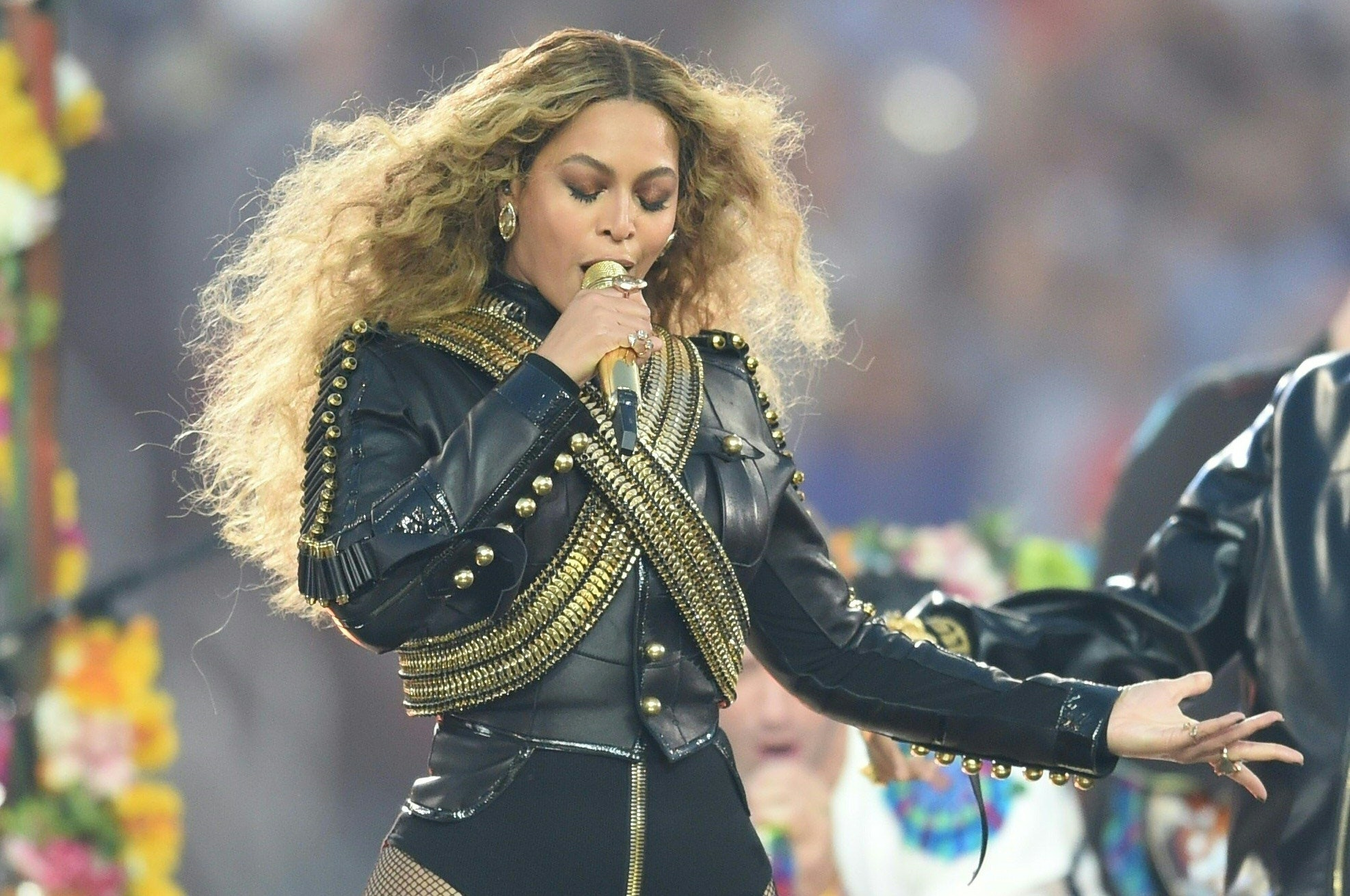 6 Signs Beyonce Is In The Illuminati Regardless Of What She Says In