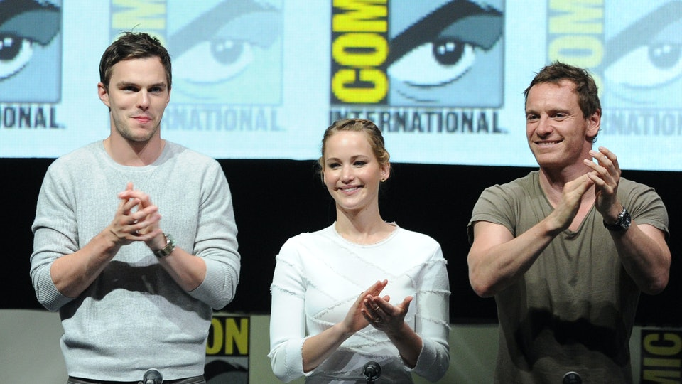 Nicholas Hoult And Jennifer Lawrence Break Up Why Did Jennife...