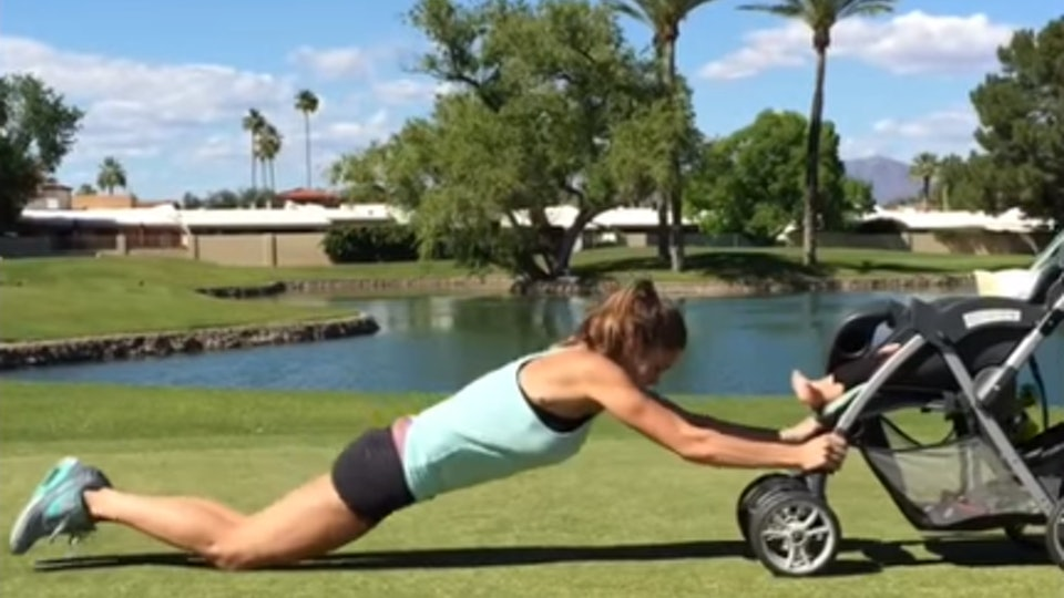 2fdb4cf126af This Woman Uses Her Baby As A Barbell   Her Workout Looks Adorably ...