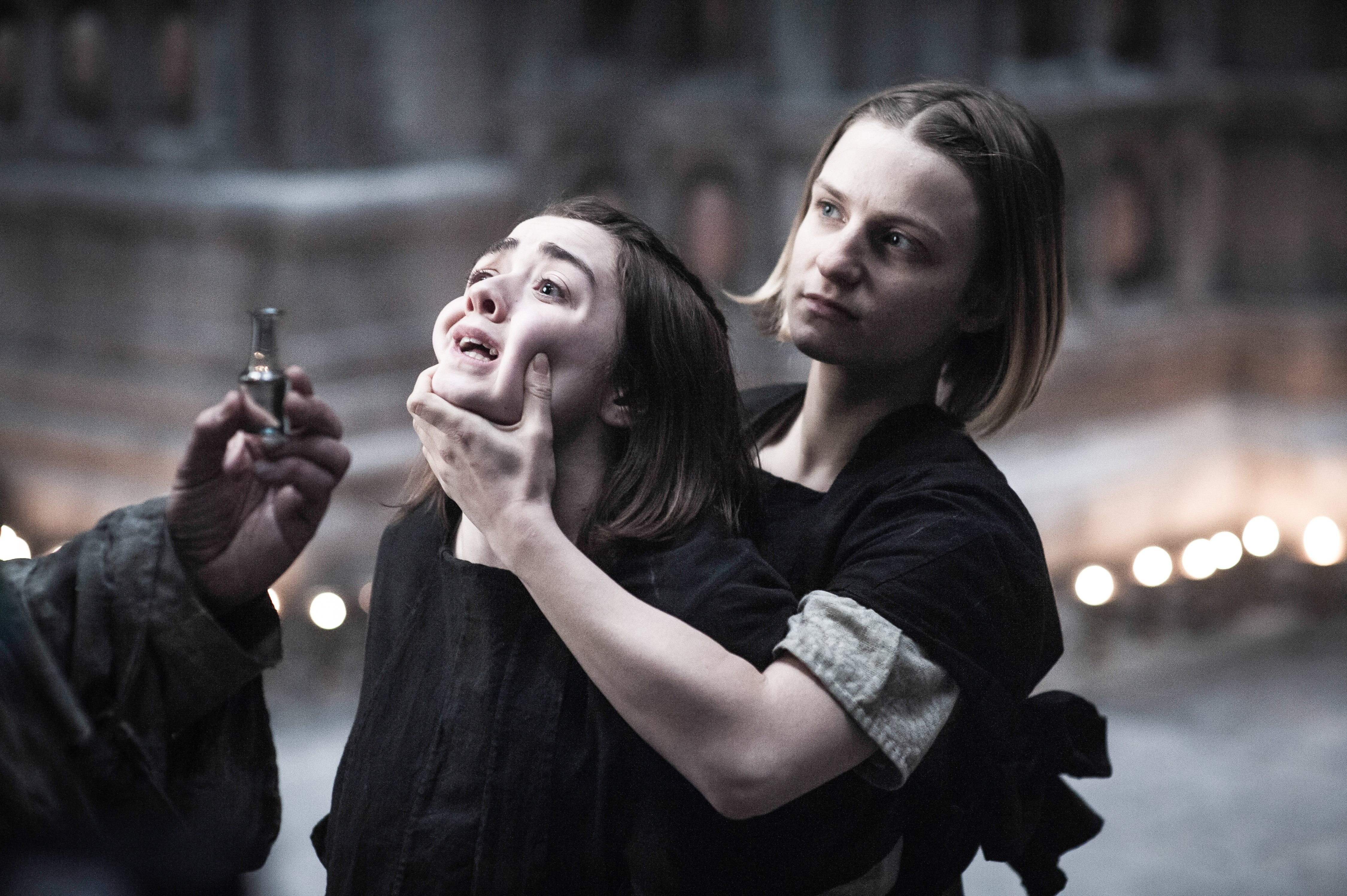 why did waif stab arya on game of thrones a girl had to die