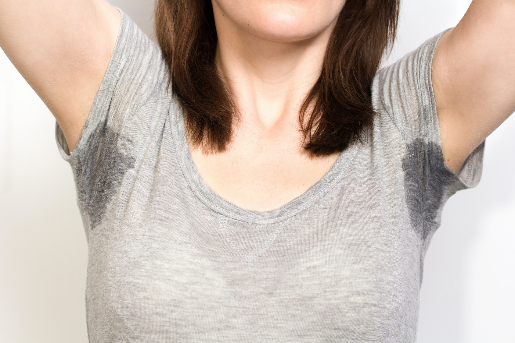 7 Ways To Avoid Pit Stains & Keep Sweat At Bay