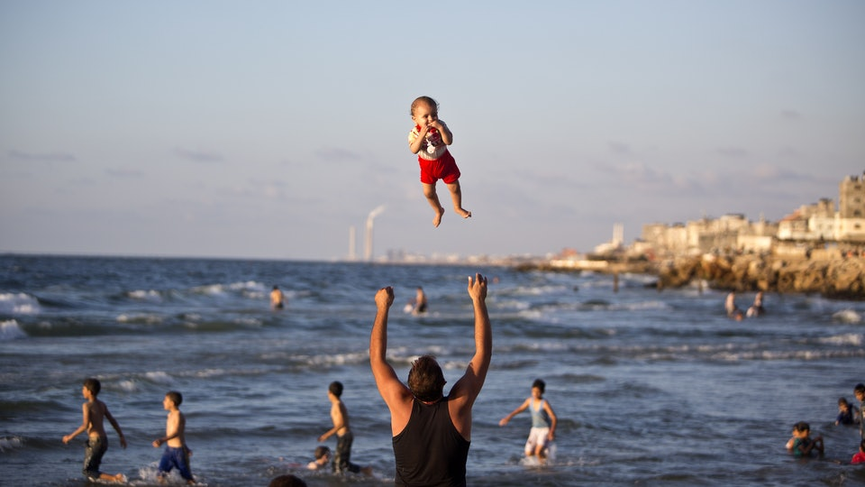 6f6c1887b3e Can You Take Baby To The Beach  15 Tips For Baby-Safe Beach Fun