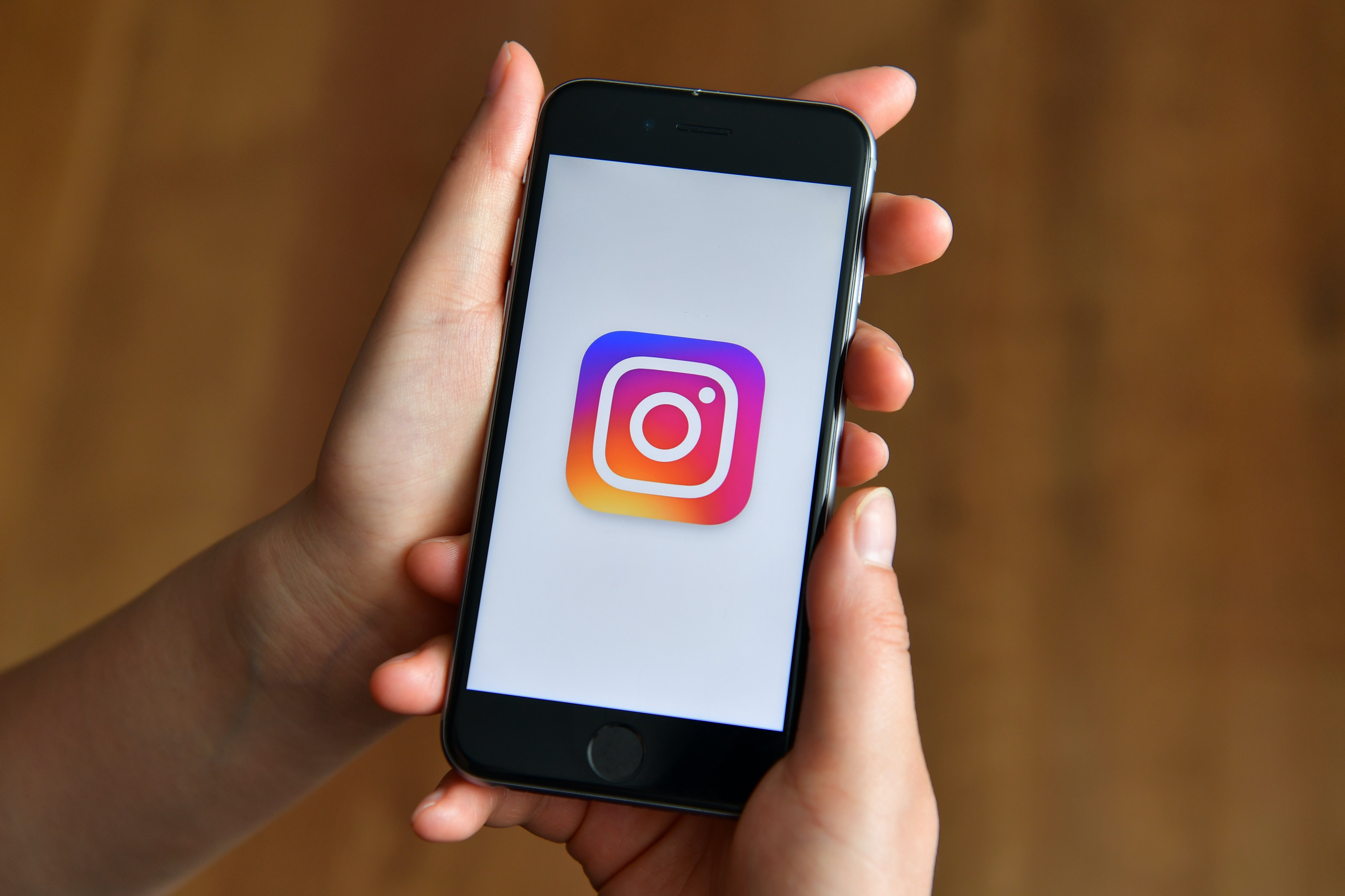 What To Do When Instagram Stories Won't Load, Because It's A