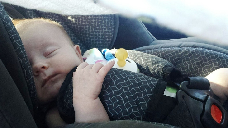 Is It Safe For A Newborn To Nap In A Car Seat? The Experts Say Steer
