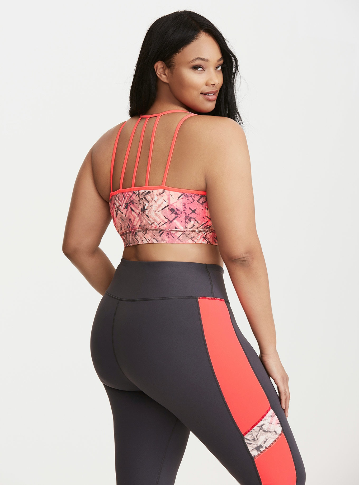 90b64adf09 11 Plus Size Sports Bras That Are Actually Comfortable