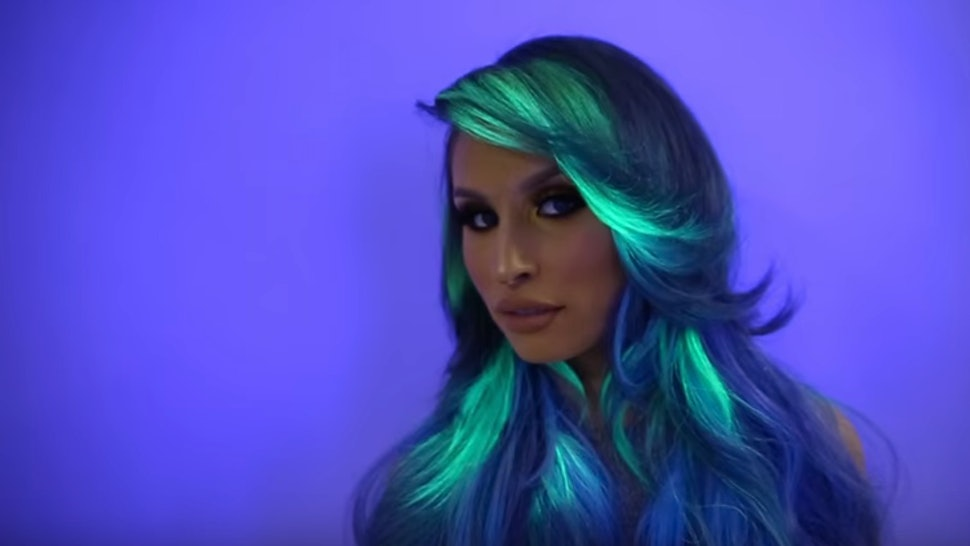 4190cc13371 Lite Brite Hair Is The Latest Dye Obsession That All  90s Kids Need To See  — VIDEO