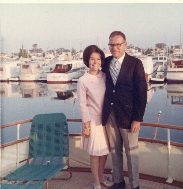 Who's Warren Buffett's Wife? Astrid Menks Keeps A Low Profile