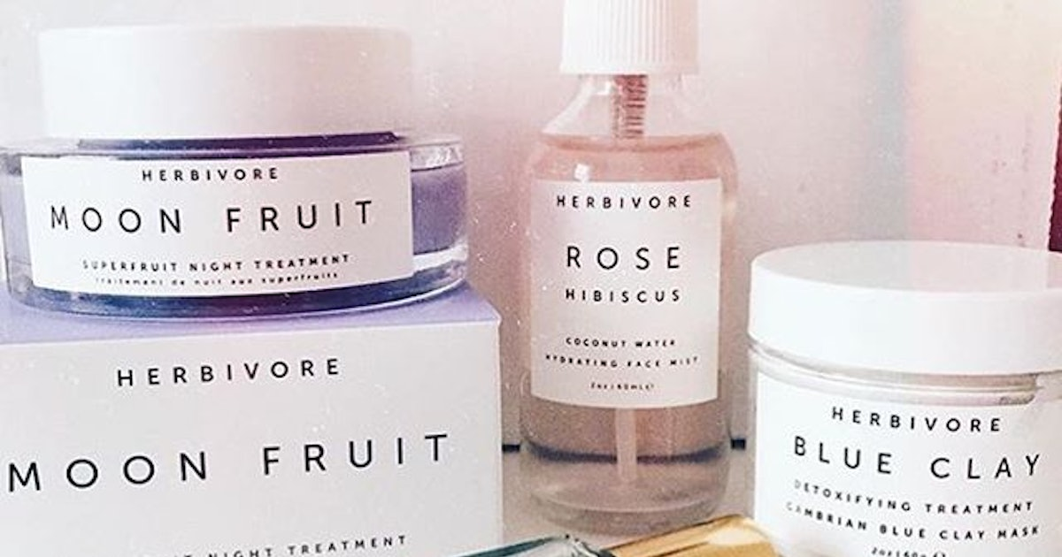 How To Detox Your Beauty Routine, Because Your Skin Deserves
