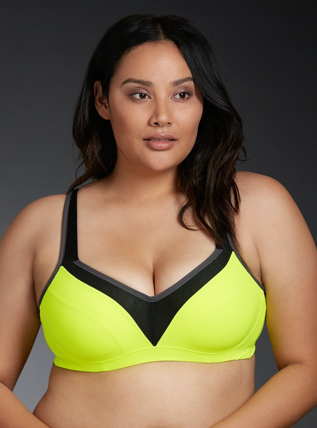 5eb8713fae 9 Sports Bras For Big Boobs That ll Keep You Strapped   Ready