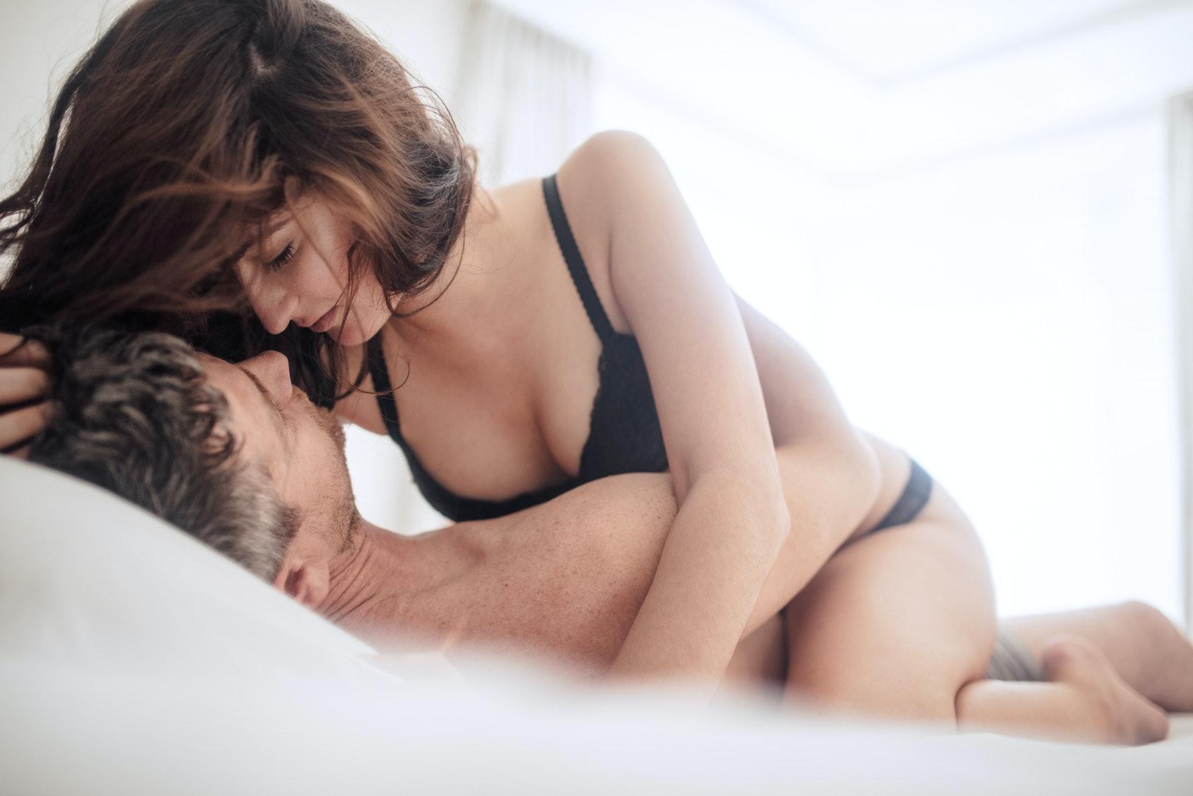 как-то секс на молодое груди