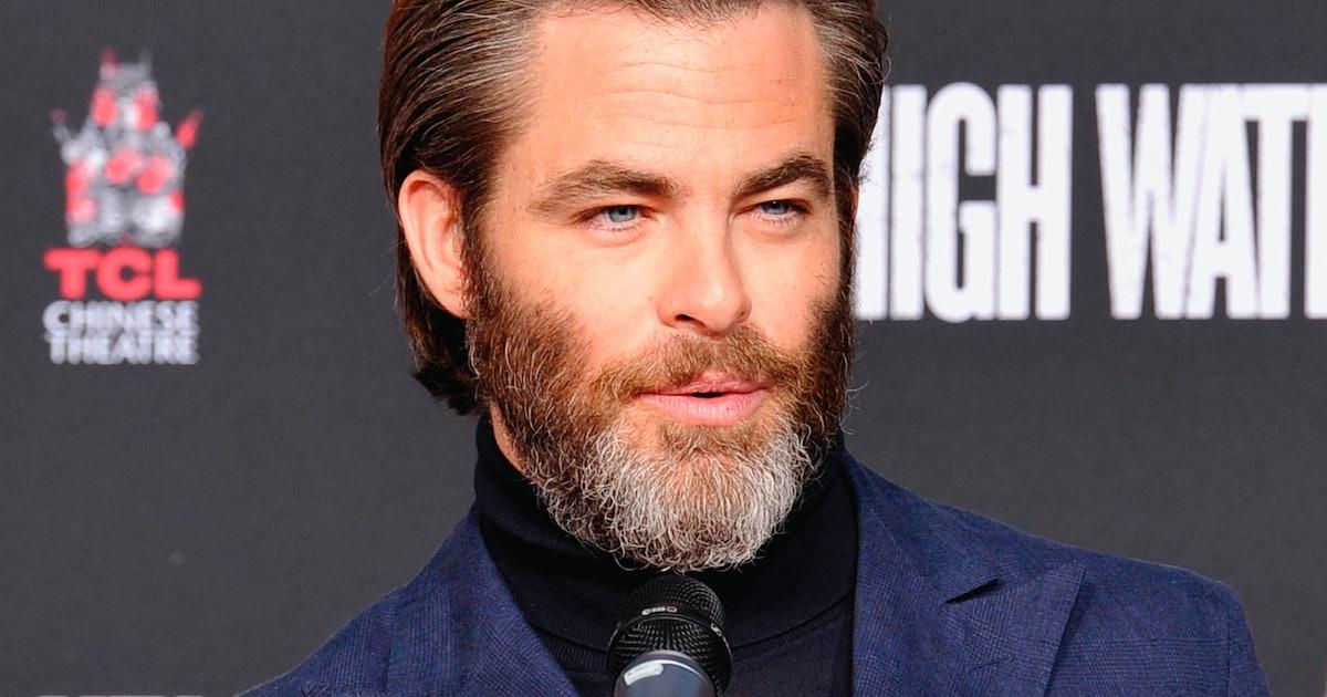 Chris Pine S Beard Is Grey Af At The Golden Globes