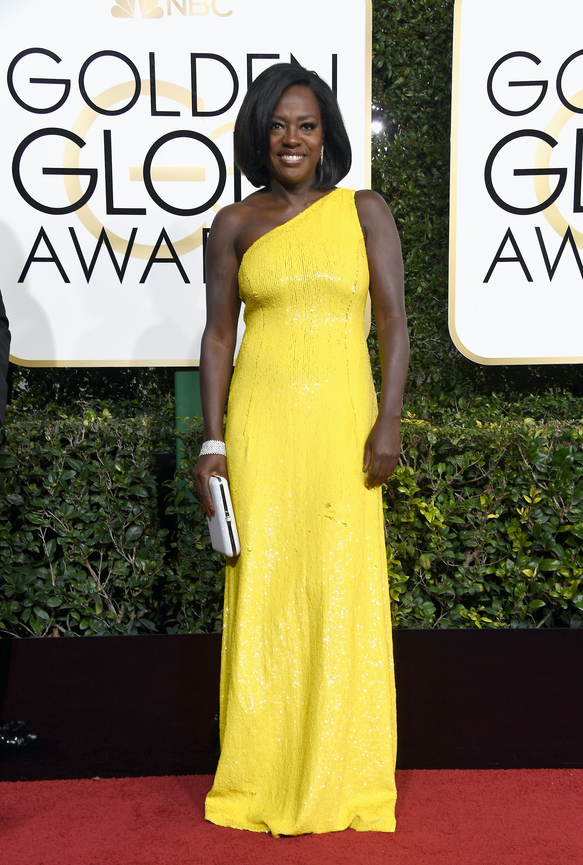 Viola Davis Dress At The 2017 Golden Globes Is Reason Color Yellow Exists Photos