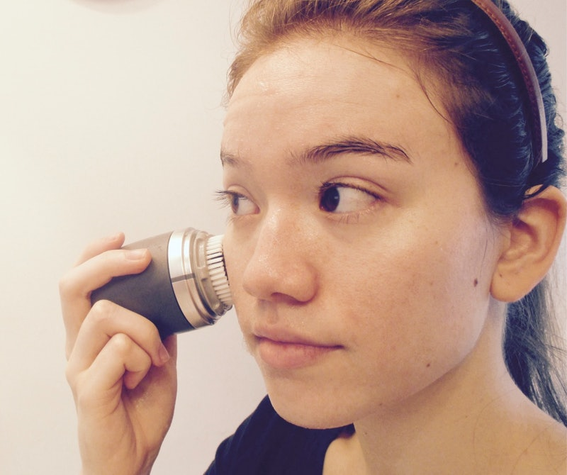 8 Exfoliating Tools That Will Turn Any Wash Into A Scrub