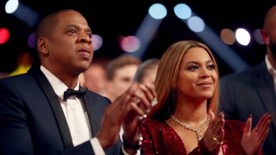 Signs Jay Z Is In The Illuminati Are All Around Us