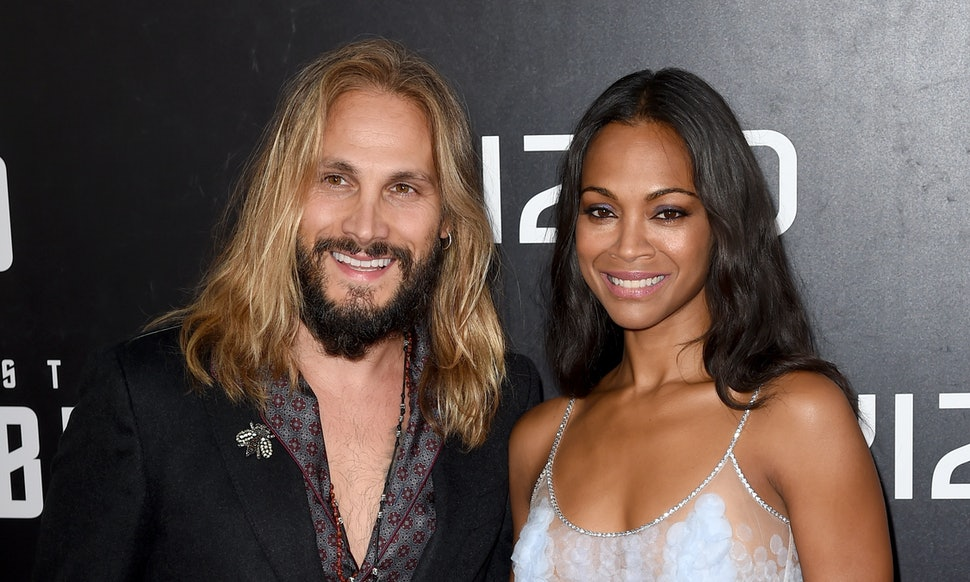 who-is-zoe-saldana-currently-dating-pornstar-talking-about-poop