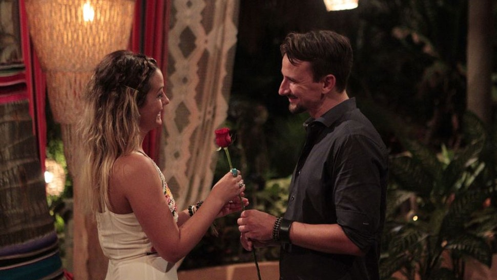 Carly And Evan Wedding.Carly Evan Almost Met Irl Before Bachelor In Paradise But It S