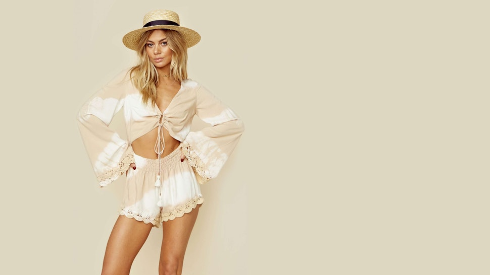 e8e80a076bb89d What To Wear To Coachella 2017 If You Just Can t Decide