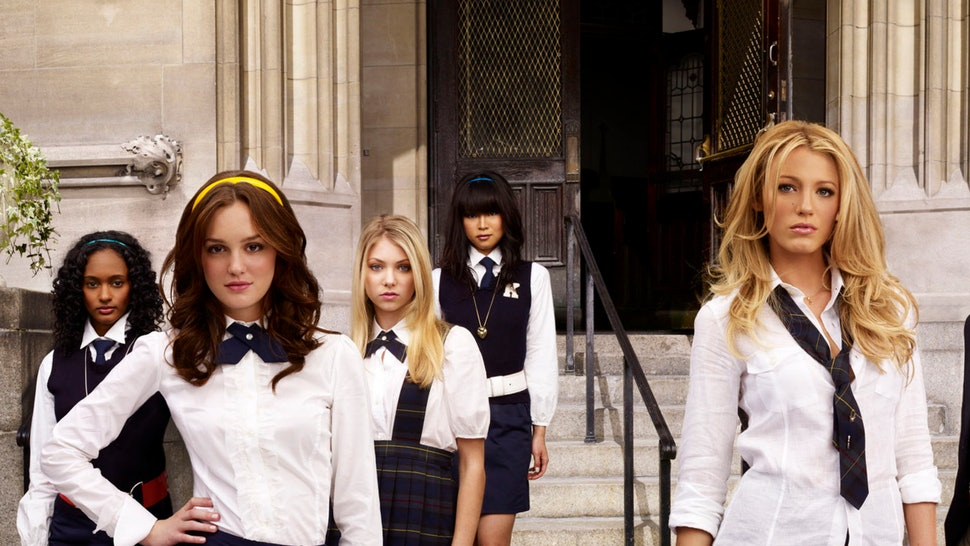 4752d992e4c 11 Things  Gossip Girl  Probably Influenced You To Buy