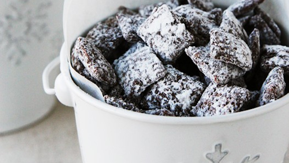 19 Puppy Chow Recipes That Will Satisfy Any Afternoon Snack Craving