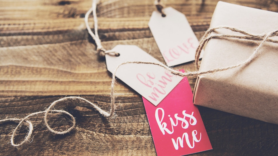 17 Valentine S Day 2017 Gift Ideas For New Couples