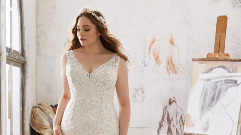 c197f863607 11 Romantic Wedding Dresses To Make All Your Bridal Dreams Come True