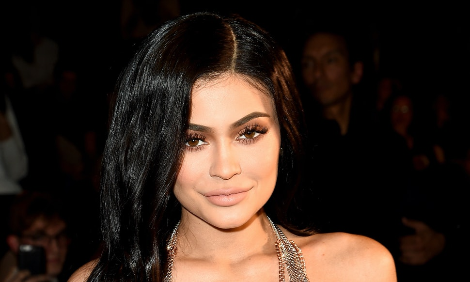 How To Get Kylie Jenners Brows According To The Kylie Herself
