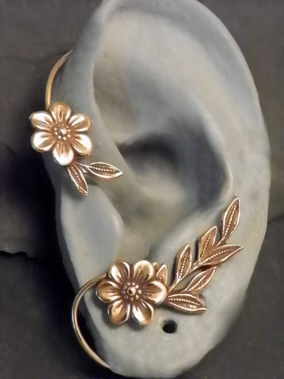 Where To Buy Belle S Ear Cuff From The Beauty The Beast Ballroom Scene Because This Dainty Item Is A Must Have