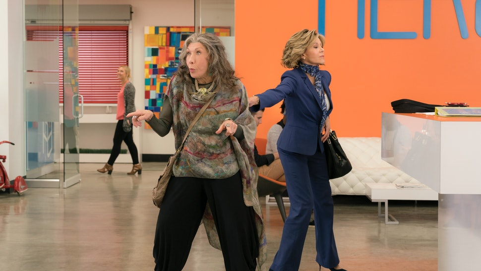 The End Credits Songs In 'Grace And Frankie' Season 3 Make