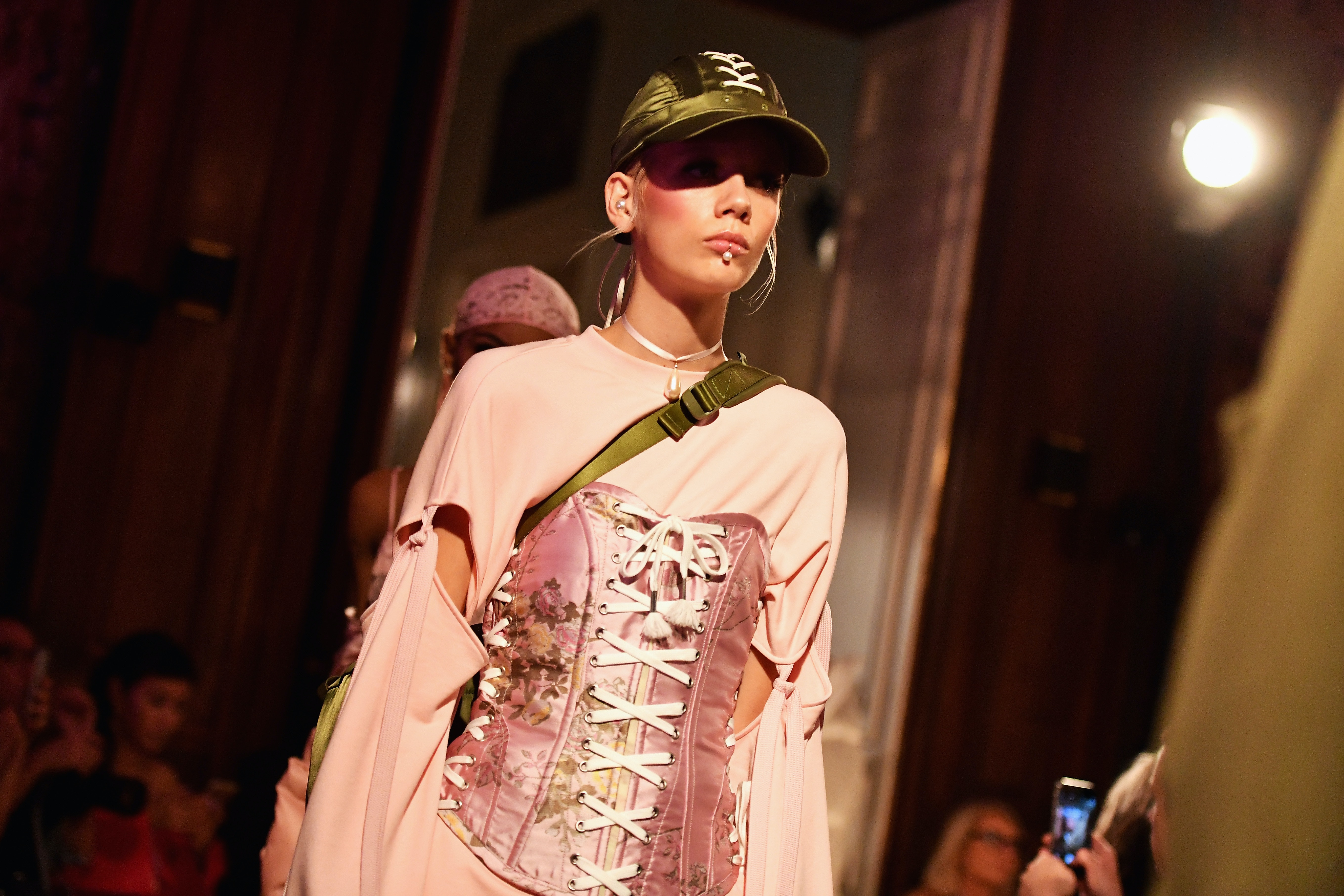 competitive price 2c2c1 0dc2c How Much Is Rihanna's Fenty X Puma Spring 2017 Collection ...