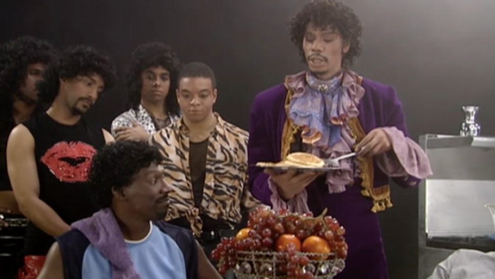 Charlie Murphy S Best Chappelle S Show Skit Pays Tribute