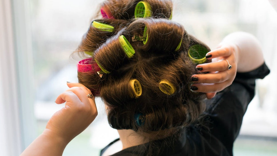 How To Make Curls Last All Day With These 6 Amazing Hair Curlers And Irons