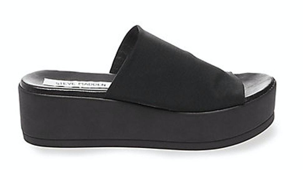 d2fe5af48b 9 Modern Flatform Sandals Like Those Steve Madden's Slinky Shoes You Used  To Love