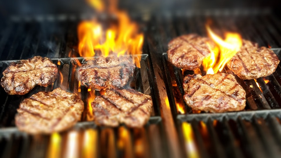 7 Weird Signs & Reasons Your Body Might Be Craving Meat