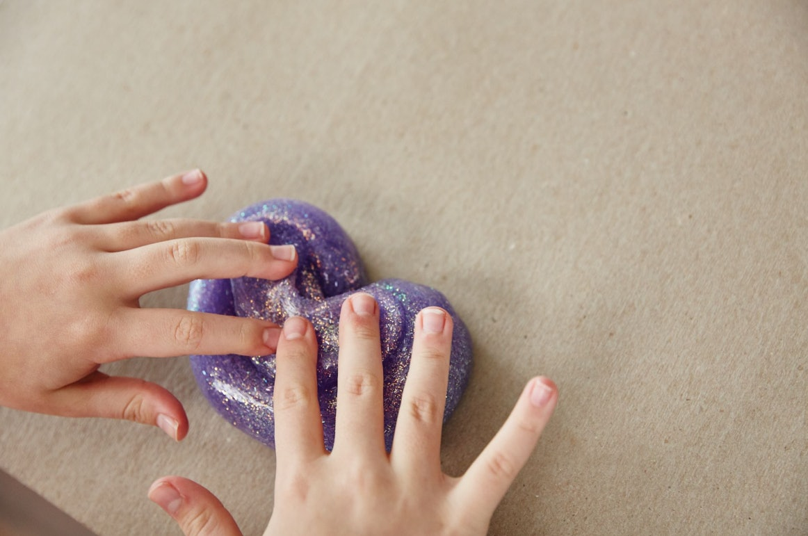 7 Safe Slime Recipes Without Borax So