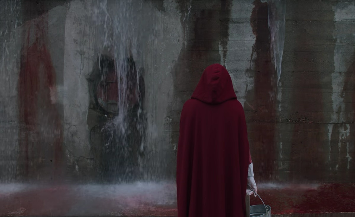 essay on the handmaids tale Analysis of the handmaid's tale this essay analysis of the handmaid's tale and other 64,000+ term papers, college essay examples and free essays are available now.
