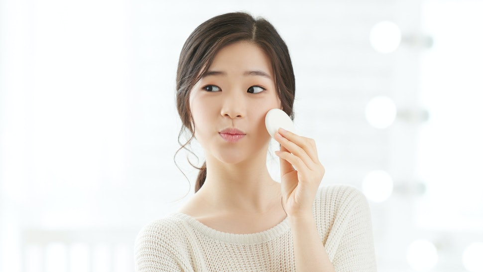 The Best Korean Skin Care Products To Minimize Pores